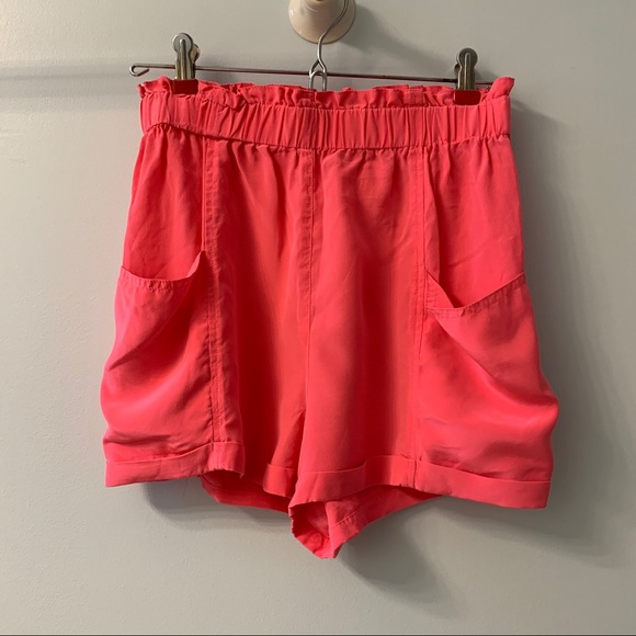 Wilfred Coral Silk Shorts with Pockets